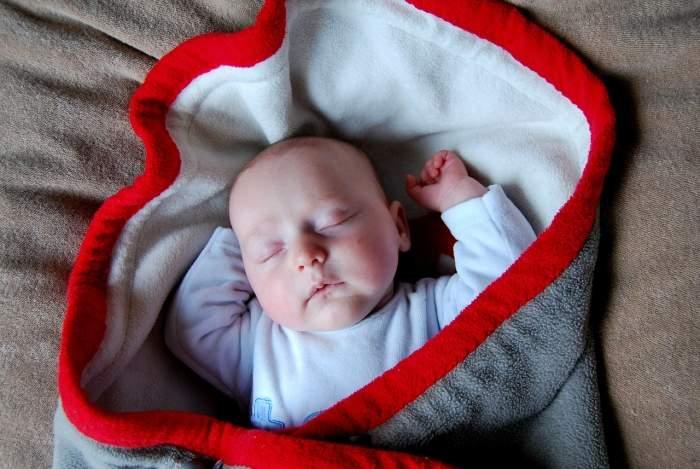Прогулка на балконе с новорожденным: одеяло, конверт летний,.