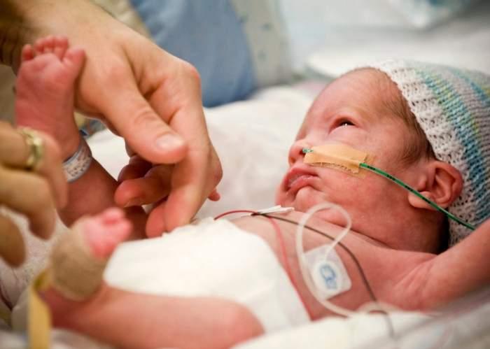трудности при уходе за недоношенным малышом