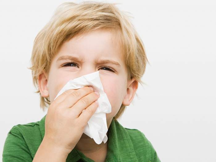 Быстрое лечение насморка у детей народными средствами